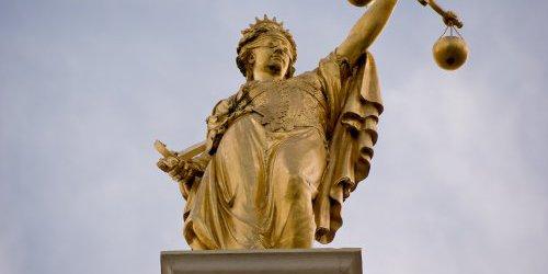 ASM-Impayable justice démocratique-La Revue Nouvelle